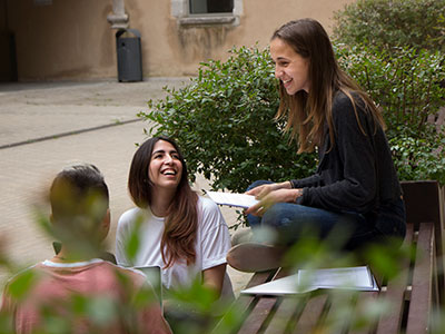 Discover the campus, enjoy university life, take part in recreational activities.